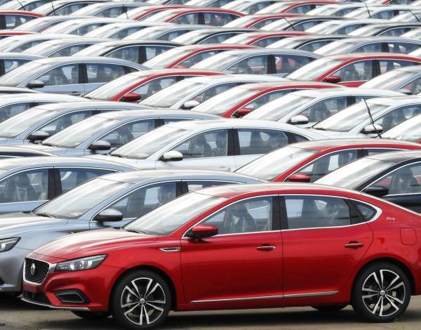 توقعات بتراجع مبيعات السيارات بالصين 2% خلال 2020