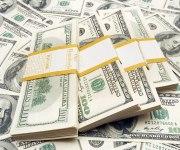 متوسط سعر الدولار يواصل النزيف أمام الجنيه ويفقد قرشًا جديدًا