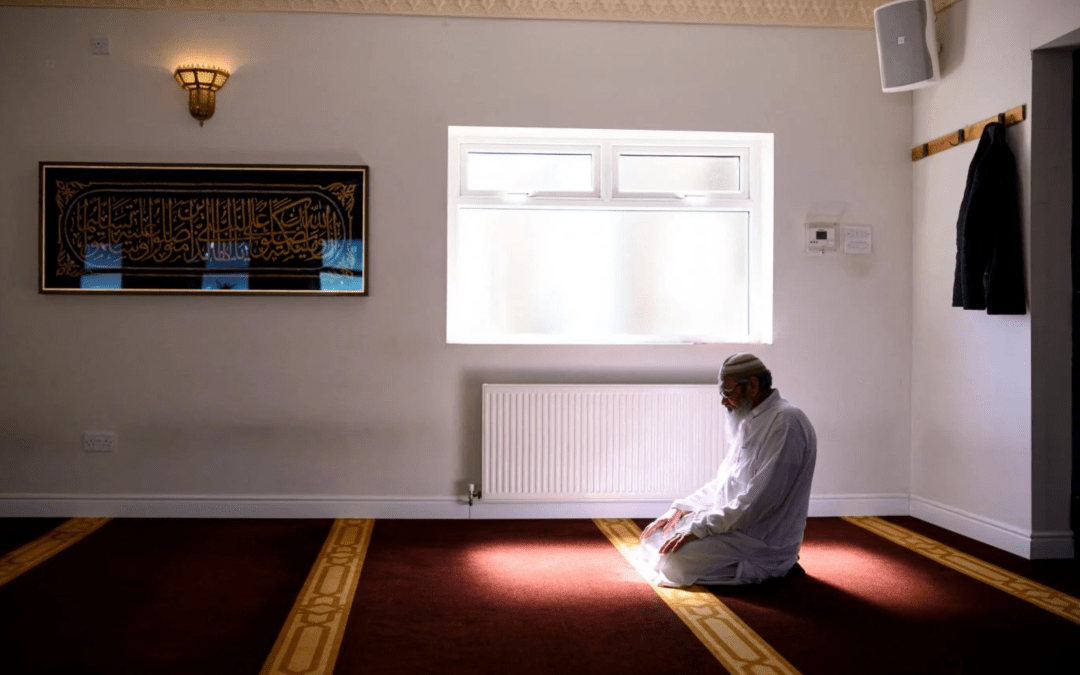 Covid-19: Britain's Muslims in the eye of the pandemic storm once again