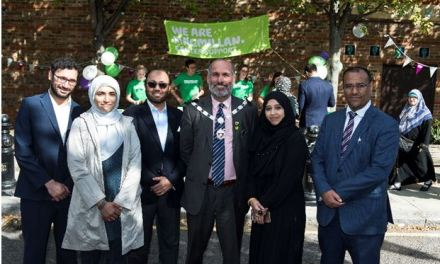 Deputy Major supports first Macmillan Coffee Morning at the Al Manaar Mosque
