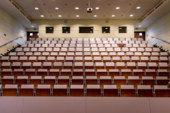 عکس راهنمای پذیرش در دانشگاههای آلمان