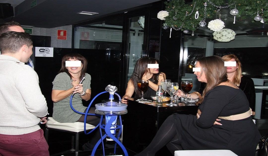 مقاهي للجنس خاصة بالطالبات بأكادير تثير غضب المجتمع المدني