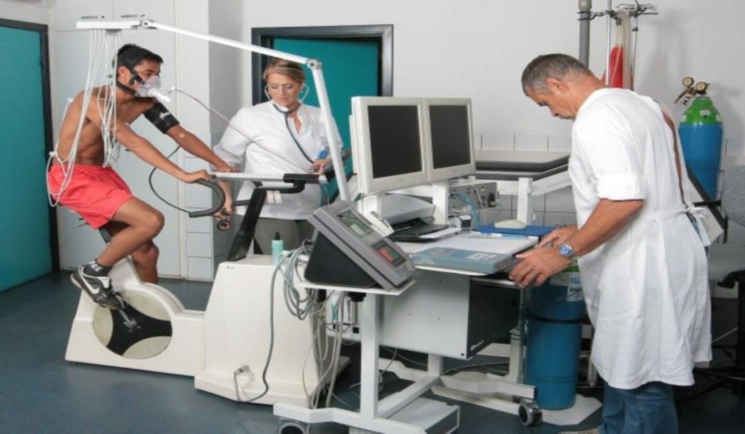الطب الرياضي في صلب اتفاقية الشراكة بين الجامعة و اتحاد ساوطومي