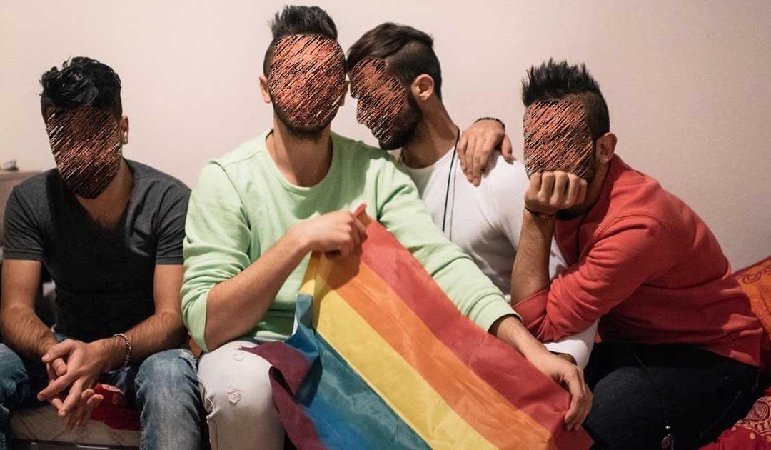 شباب مغاربة تظاهرو بالمثلية الجنسية للبقاء في إيطاليا