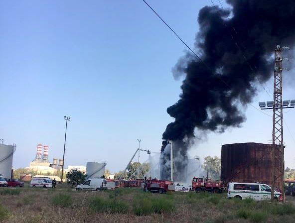 Lebanon announces control of the Zahrani tank fire
