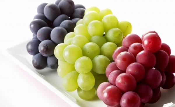 فوائد السحرية للعنب