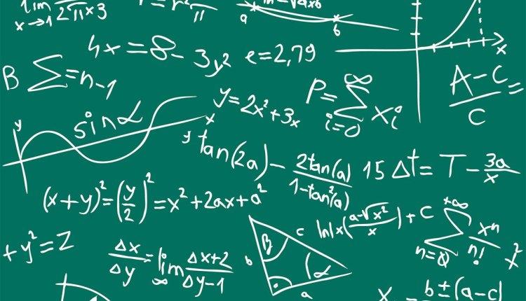 7 معادلات رياضية