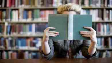 صورة طريقة التخلص من هوس شراء الكتب