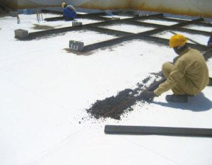 MAKING  RIDGES IN SLOPE FOR READY MIX SCREED