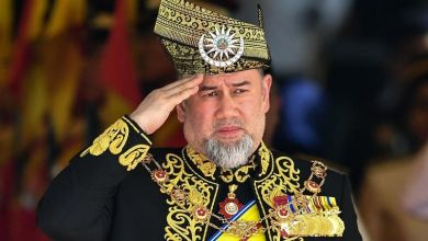 Photo of الملك محمد الخامس يتخلى عن العرش