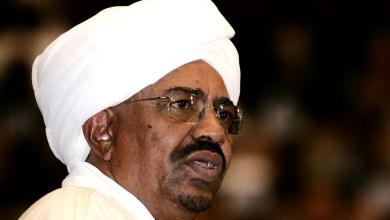 Photo of بعد بوتفليقة.. الحراك العربي الثاني يطيح برئيس السودان