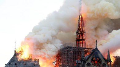 Photo of حريق ضخم في كاتدرائية نوتردام وسط باريس وماكرون يتعهد بإعادة البناء