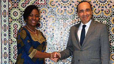 """Photo of المالكي يؤكد لـ""""نبيلة فريدة"""" حرص المغرب على دعم الأمن والسلم والاستقرار في سيراليون"""