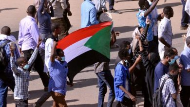 "Photo of ""هيومن رايتس ووتش"" تطالب قادة السودان الجدد بوضع معايير واضحة للتقدم في مجال العدالة"