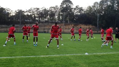 Photo of عموتة يستدعي 24 لاعبا محليا تحضيرا لشان الكاميرون
