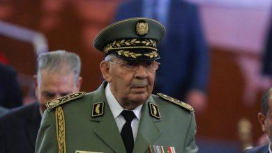 Photo of وفاة قائد أركان الجيش الجزائري أحمد قايد صالح
