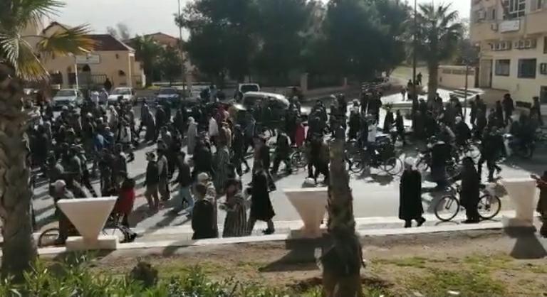 Photo of الاحتجاجات تعود إلى جرادة.. الساكنة تطالب من جديد برفع التهميش