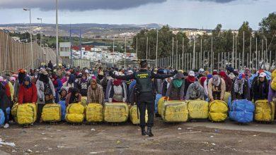 "Photo of صحيفة ""إلباييس"": سبتة تعيش اختناقا اقتصاديا بعد إغلاق المغرب للمعبر الحدودي"