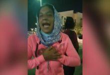 Photo of بالفيديو: مغاربة عالقون بالإمارات يبحثون عن مأوى للمبيت