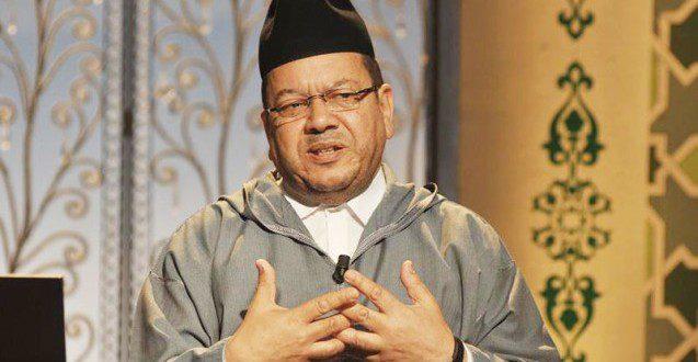 Photo of بنحمزة للمنصة: خبراء الصحة هم من سيحددون فتح المساجد وليس عامة الناس