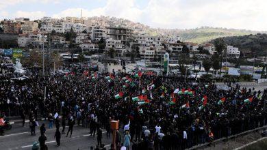 Photo of احتجاجات حاشدة لفلسطينيي أم فحم ضد انتشار الجريمة بتواطؤ الاحتلال الإسرائيلي