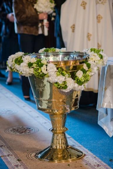 aranjament floral cristelnita