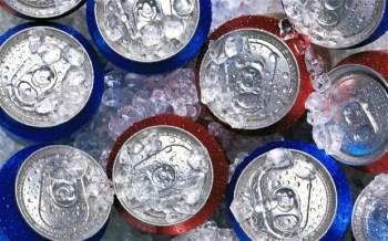 """بعد تطبيق """"السلع الانتقائية"""" .. انخفاض أسعار المشروبات الغازية 11% عن المحدد لها"""
