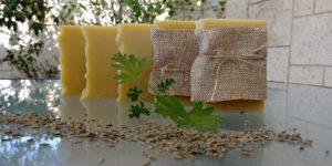 סבון טבעי בעבודת יד צמחים