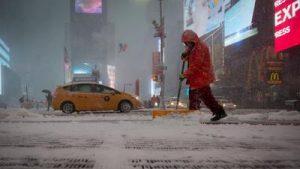 Nueva tormenta dejará entre 2 y 4 pulgadas de nieve en el área tri-estatal
