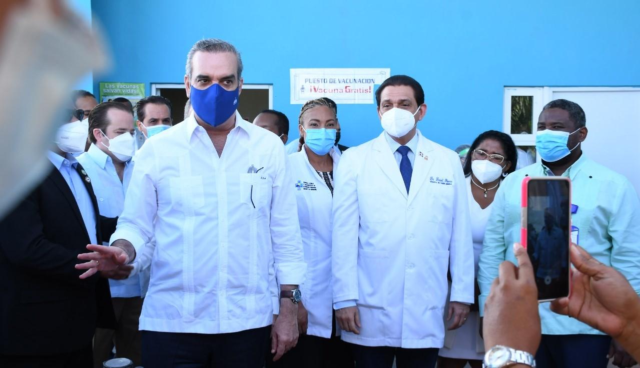 Abinader dice este miércoles inicia vacunación masiva 2da dosis Sinovac