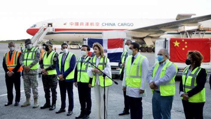 República Dominicana recibió otros 2 millones de vacunas chinas Sinovac