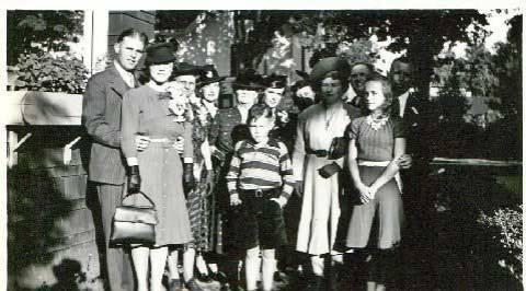 19 - Grace and Stub's wedding (George Wright - Grace Buck)