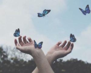 πεταλούδες ενώ βγαίνουμε