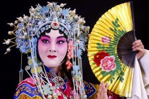 Chinese opera ward round. Image by shengjingyoujian - from flickr