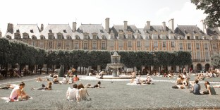 Paris (41)- Place des Vosges