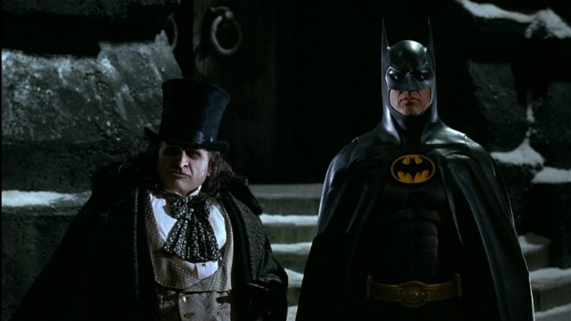 Batman Returns is a Christmas movie made for the Scrooges and Grinches of the world! | almostginger.com
