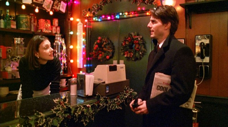 Eyes Wide Shut is a Christmas movie made for the Scrooges and Grinches of the world! | almostginger.com