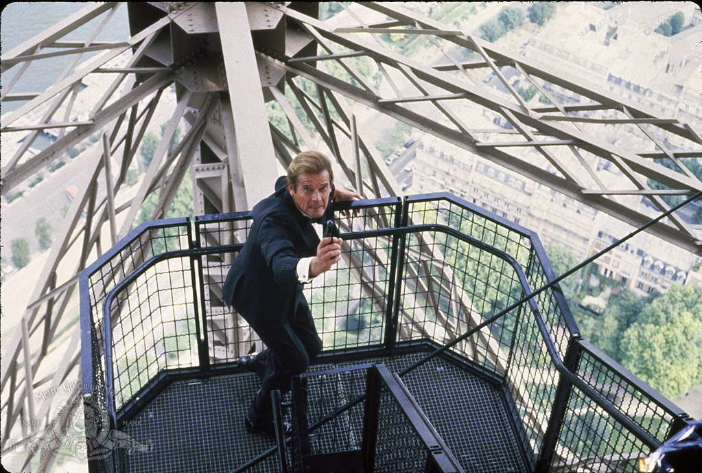 Hollywood Film Locations in Paris: Inception, La La Land & More!