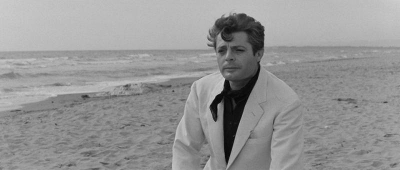 Marcello on the beach in Passo Oscuro, one of the La Dolce Vita filming locations
