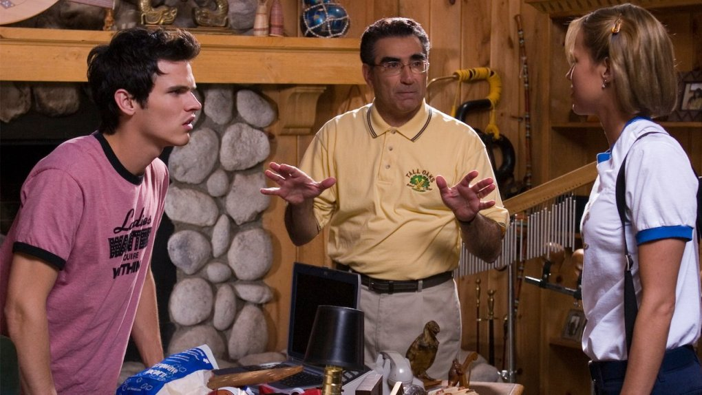 American Pie Presents: Band Camp (2005) film still of two arguing camp counsellors and director