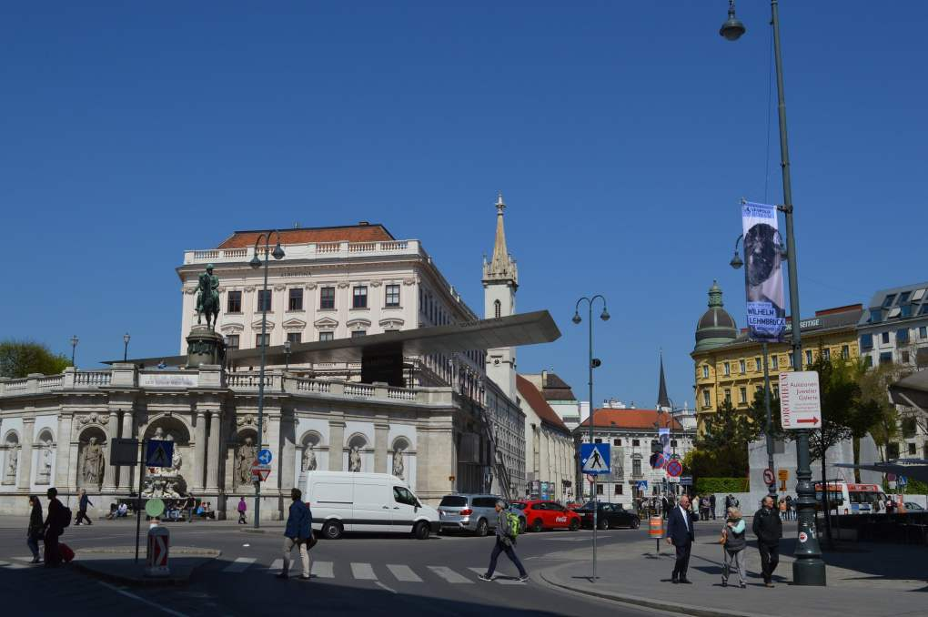 Vienne in France Paris Can Wait Filming Location