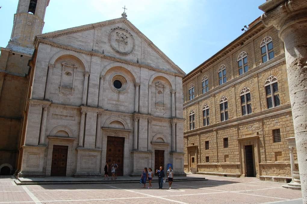 Piazza Pio II in Pienza, Italy