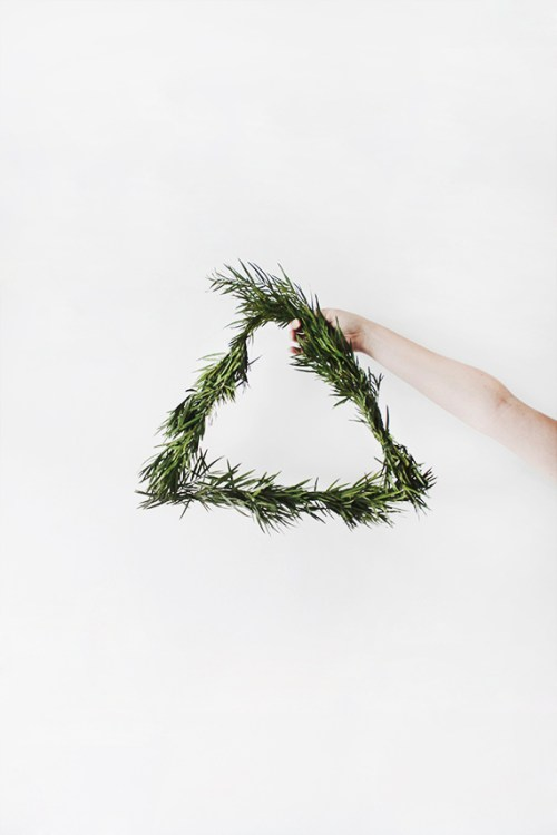 Wreath Decor Contemporary Doorway Laurel Garland Minimalist Triangular Small DIY Modern Wreaths