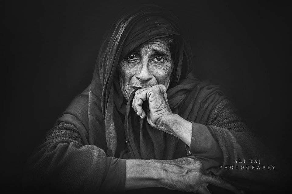 لماذا لم يرضَ الله الحزن للنساء؟