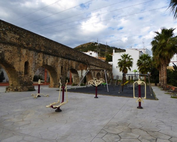 Almunecar playgrounds and exercise Roman Aqueduct Torrecuevas