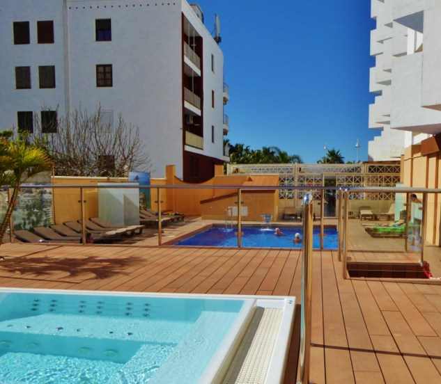 Hotel Helios Almunecar pool and Jacuzzi