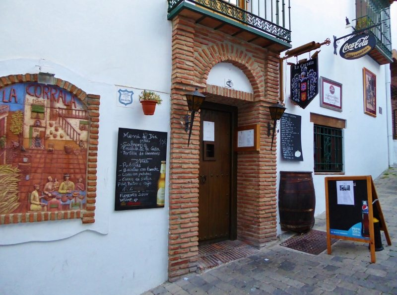 The charm and local feel of stepping back in time to a local flamenco show is what you will find at Restaurante La Corrala.  Read more on Almunecarinfo.com
