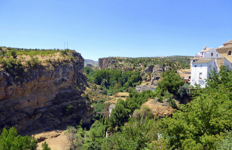 Alhama de Granada gorge. We have decided to create a 3-day itinerary to help you to get out and explore!  Each stop on the route can also be done as a day trip from Almuñécar, but why not take your time and soak it all in?  Of course this will be flexible for you to add or remove days, so it is just a guide for you to follow and customize as you like.