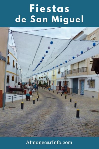 At the end of September we are always in for a treat with theFiestas de San Miguel, in the barrio del Castillo Almuñécar! Up high on the hill in old town, near the castle, the streets come alive for 3 days and nights. Read more on Almunecarinfo.com