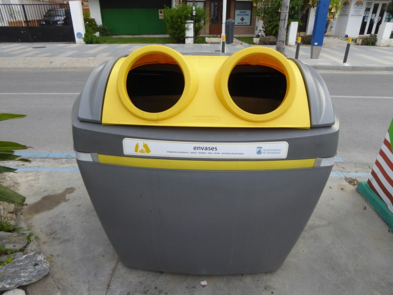 La Herradura Almunecar Recycle and Rubbish Bins!